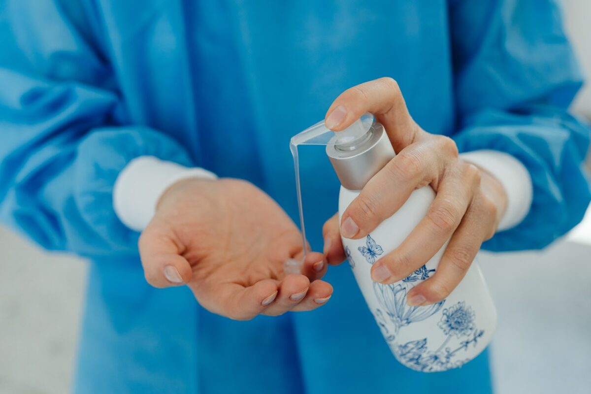 Is It Harmful To Eat With Hands Right After Using Hand Sanitizer?